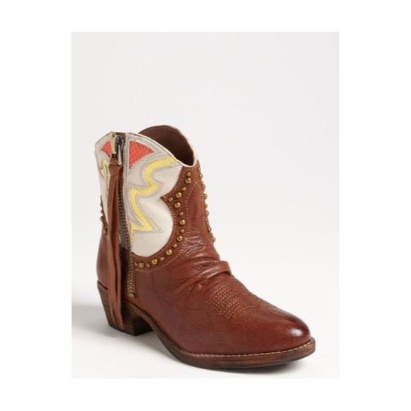 53cbc5a98 Sam Edelman Cowboy Boots. M 5b59f2cd2aa96a93a024bee1